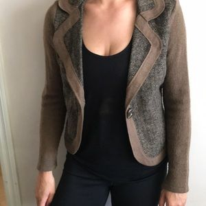 Sweaters - Brown collared jacket